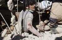 النظام يقتل 10 أشخاص على الأقل في غارات على حلب
