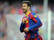 بيكيه يقود برشلونة للفوز على أبويل بدوري الأبطال