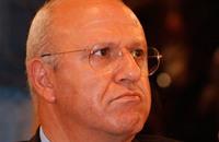 القضاء اللبناني يأمر بإعادة محاكمة وزير سابق