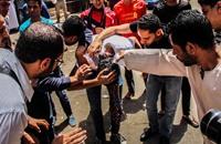 """قوات الأمن تفض أنصار مرسي بالقوة بجمعة """"ما يحكمش"""""""