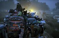 أكثر من 40 قتيلا بهجوم على حافلة تقل شيعة في باكستان