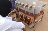 خمور مغشوشة تودي بحياة 12 شخصا في باكستان