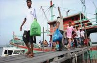 وصول 900 مهاجر إلى إندونيسيا وتايلاند وسط ضغوط لحل الأزمة