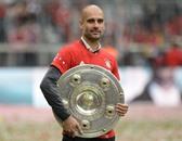 بايرن ميونخ يفوز بلقب الدوري الألماني لكرة القدم