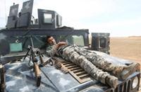 تنظيم الدولة يباغت الجيش بالموصل والتحالف يقصف مسجدا