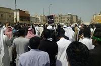 السعودية تشيع قتلى تفجيرات حسينية القديح (فيديو)