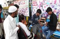 أطباء أسنان يقدمون خدماتهم في الشوارع للفقراء في الهند