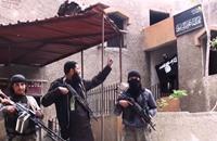 ما حقيقة الخلاف بين النصرة وتنظيم الدولة بمخيم اليرموك؟