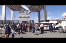"""فتح معبر رفح ينكأ معاناة """"العالقين"""" في غزة"""