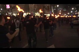 مسيرة بالمشاعل في رام الله عشية الذكرى الـ68 للنكبة الفلسطينية