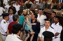 مذيعة عن حضن باسم عودة ابنته: إحنا بني آدمين (فيديو)