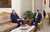 """لماذا تدعم """"مصر السيسي"""" الجنرال الليبي خليفة حفتر؟"""