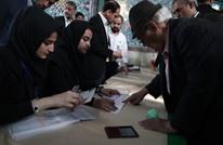 الإيرانيون يدلون بأصواتهم في انتخابات رئاسية حاسمة