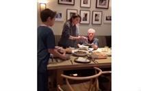 ملكة الأردن تنشر إفطارا عائليا مع الملك وأبنائها (شاهد)