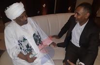 """""""عربي21"""" تتحدث مع أمين """"حزب الترابي"""" عن تطورات السودان"""