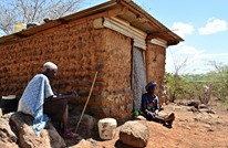 قصة هزت كينيا.. كورونا يدفع أرملة لطبخ حجارة لأطفالها