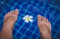 إليك 11 علاجا فعالا بشكل مدهش لرائحة القدمين