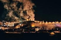 القسام تمهل الاحتلال ساعتين لفك حصار المعتكفين بالأقصى