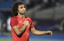 وردة يرتدي قميصا بعلم فلسطين أثناء حمله كأس اليونان (صورة)