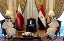 وفد قطري رفيع بالقاهرة.. والسيسي يتلقى دعوة لزيارة الدوحة