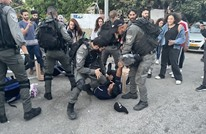 قوات الاحتلال تقتحم حي الشيخ جراح وتعتقل 4 فلسطينيين (شاهد)
