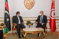 المنفي يبدأ زيارة رسمية إلى تونس ويلتقي سعيّد