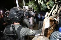 اعتقالات وإصابات بالشيخ جراح.. وتويتر يغلق حسابات متضامنين