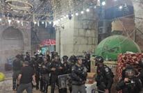 قوات الاحتلال تقتحم الأقصى مجددا بعد صلاة الفجر (شاهد)