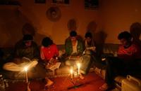 """انقطاع الكهرباء عن محافظات اليمن إثر """"عمل تخريبي"""""""
