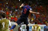 فان بيرسي يعود لتشكيلة هولندا أمام المكسيك