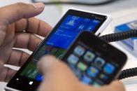 الهواتف الذكية قد تسبب الطفح الجلدي
