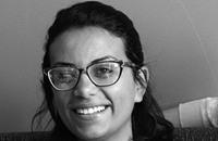 إطلاق سراح ناشطة سياسية بعد توقيفها لساعتين بمصر