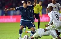 ضربة رأس أغويرو تمنح الأرجنتين الفوز على أوروغواي