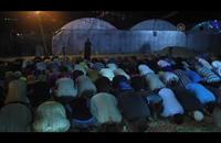 غزّيون يصلون التراويح في خيام نُصبت على أنقاض المساجد المدمّرة