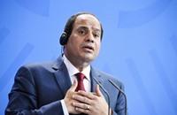 في ذكرى تنصيبه: السيسي يعتذر للمصريين ويسفه حكومته