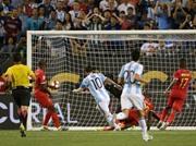 الأرجنتين إلى ربع نهائي كوبا أمريكا وهاتريك لميسي (فيديو)