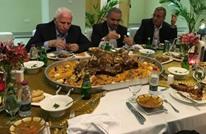 """مأدبة فاخرة لوفد """"فتح"""" في قطر تثير غضب الفلسطينيين"""