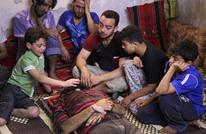بابا الله يوفقك لا تتركني.. هكذا ودع طفل سوري أباه (فيديو)