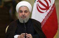 لاعب إيراني يدعو روحاني لإلغاء قرار يمنع حضور النساء للملاعب