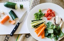 7 أطعمة من الأفضل استهلاكها نيئة دون طهوها