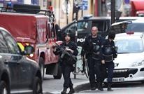 شخص يحتجز رهينتين في باريس ويطلب الاتصال بسفارة إيران
