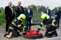 لهذا أحرق رئيس تشيكيا سرواله الداخلي أمام الصحفيين (شاهد)