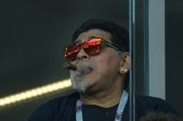 """مارادونا يزعم اختطافه من """"كائنات فضائية"""""""