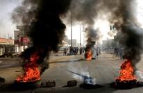 واشنطن بوست: هل يقضي العسكر على آمال الديمقراطية بالسودان؟