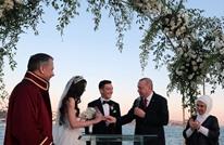 أوزيل يعقد قرانه في اسطنبول بحضور أردوغان وزوجته (شاهد)