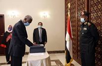 وزير دفاع جديد للسودان يؤدي اليمين الدستورية