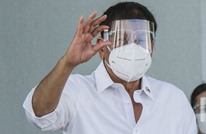 رئيس الفلبين يشتم رافضي لقاح كورونا ويهددهم بالسجن