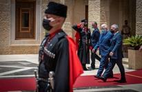 عباس يلتقي ملك الأردن في عمّان بحضور مسؤولين أمنيين