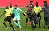 عقوبات قاسية بحق لاعبي مولودية الجزائر بعد الاعتداء على الحكم