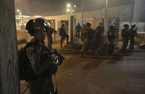 الاحتلال يشن اعتقالات بالضفة والقدس تطال قياديا بحماس